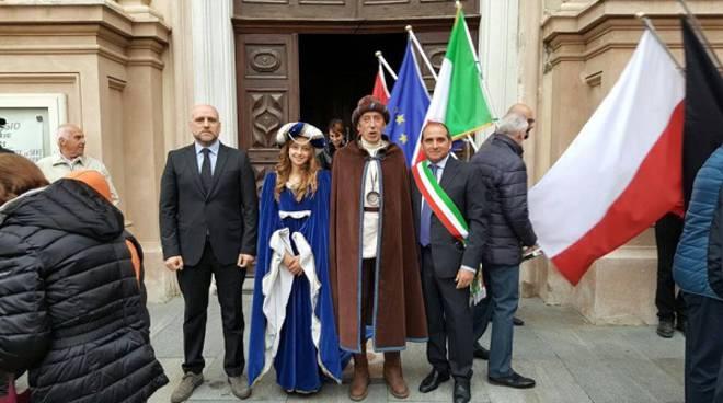 Quattro delegazioni dei paesi gemellati hanno fatto visita al Comune di Castagnole delle Lanze