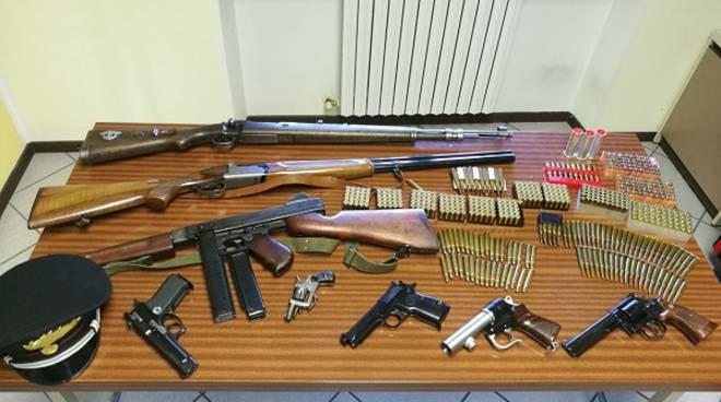 Trovati in possesso di armi e munizioni detenute illegalmente, arrestati dai carabinieri due astigiani