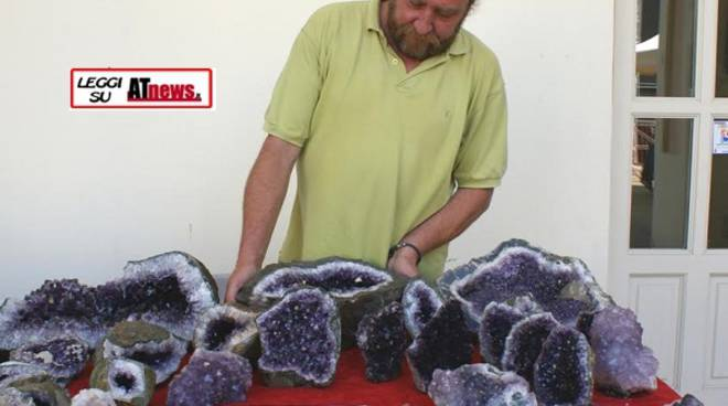 Asti, domenica arriva Hastagems, mostra di minerali, gemme e cristalli