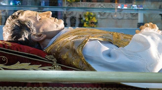 Rubata dalla Basilica di Castelnuovo l'urna con la reliquia di Don Bosco