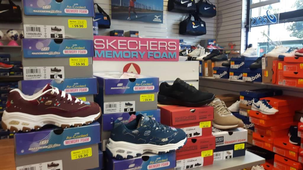 negozio scarpe adidas asti