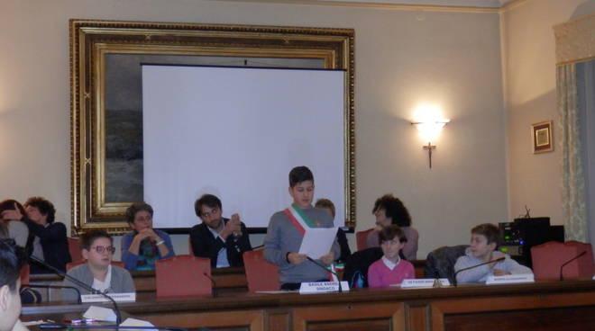 Nizza Monferrato: alla prima seduta del Consiglio dei ragazzi si parla di sport, cultura e aree verdi