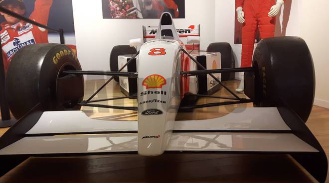 "Mostra ""Ayrton Senna 25"""