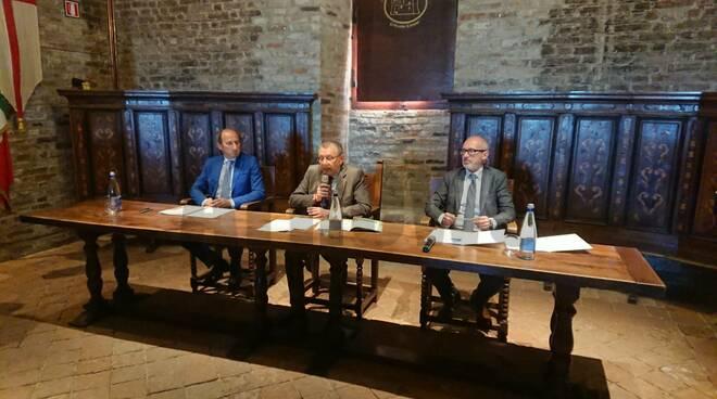 Conferenza stampa banca alba 05042019