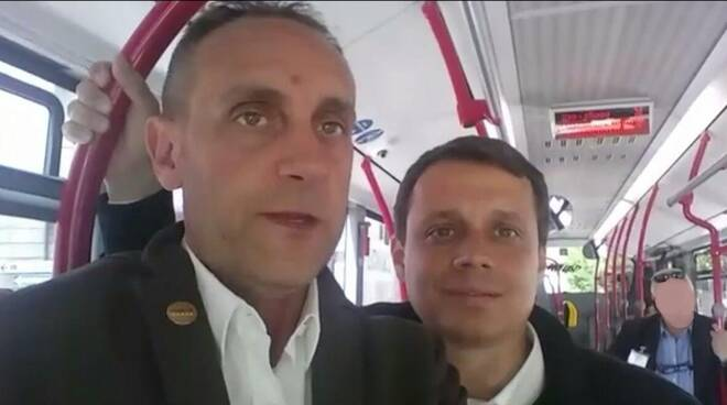 cerruti e allegretti giro in bus