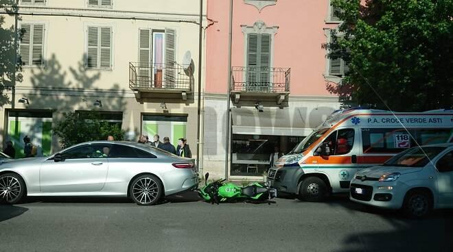 incidente auto moto corso savona