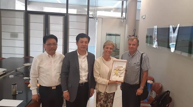 delegazione cinese alba
