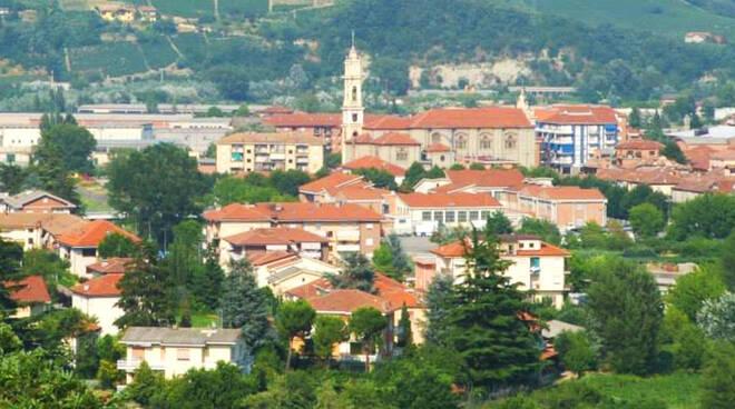 Santo Stefano Belbo paese