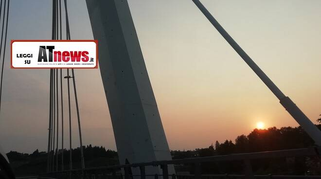 tramonto su nizza monferrato