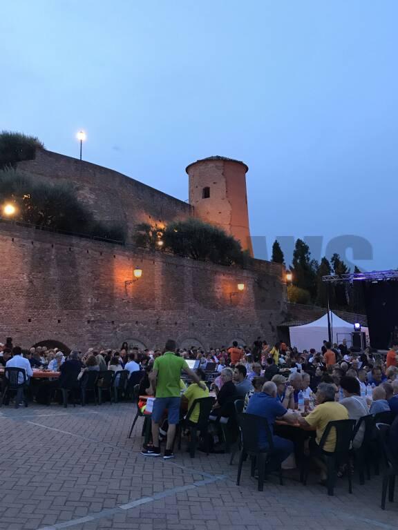 Festa patronale da record a Castelnuovo Calcea: sold out in tutte le sere