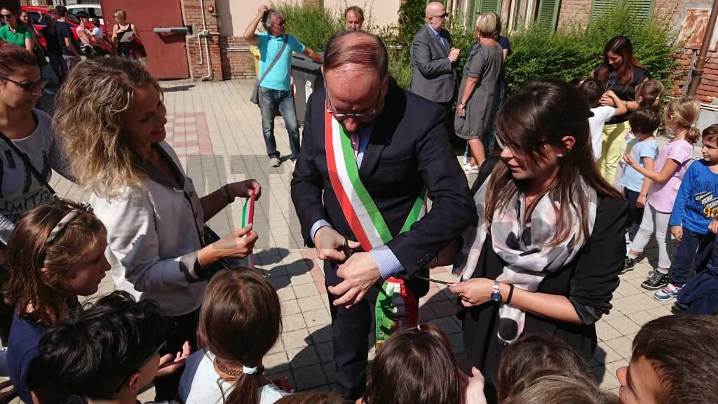 Inaugurazione scuola oberdan Portacomaro Stazione