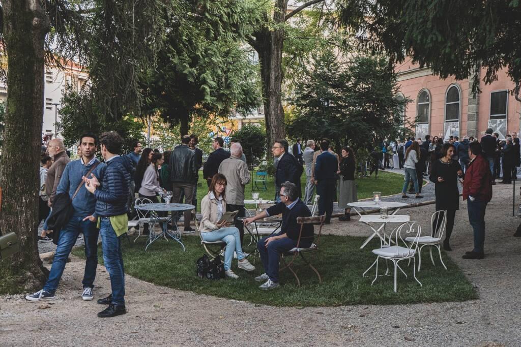 30 Anni agenzia Well Com: rinasce il giardino dell'Enologica ad Alba