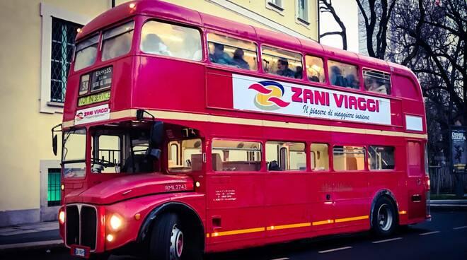 autobus a due posti montiglio