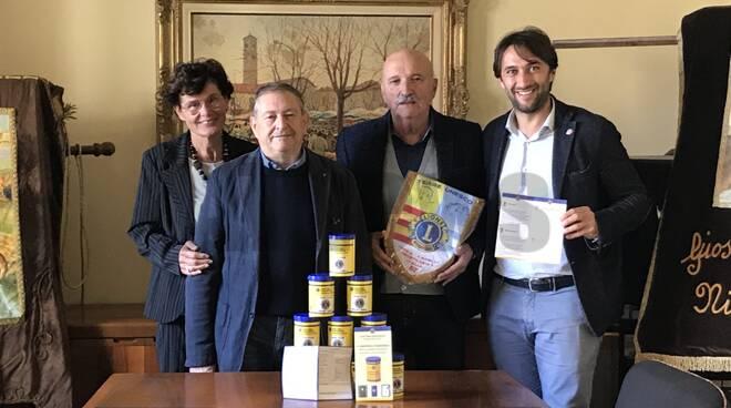 Un barattolo per salvare la vita: l'iniziativa solidale del Lions Club Nizza-Canelli