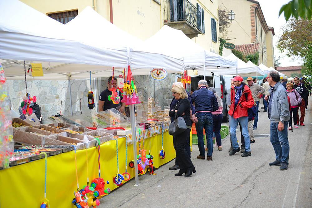 Fiera del Ruchè e del Tartufo, Castagnole Monferrato (AT).