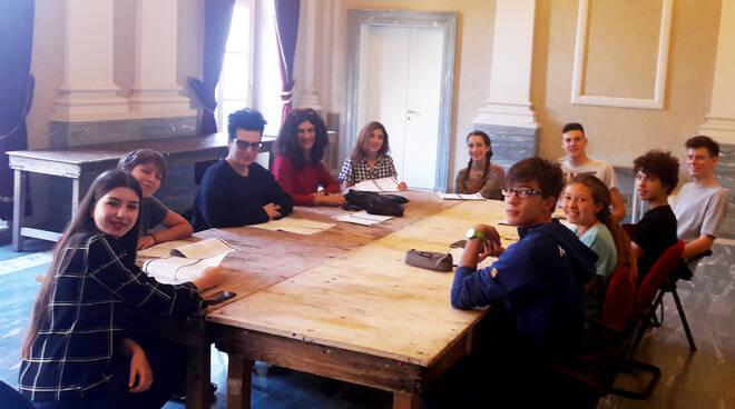 Masterclass teatrale di Eleonora Pippo con i ragazzi del Liceo Artistico di Asti