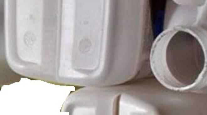 contenitori per fitosanitari