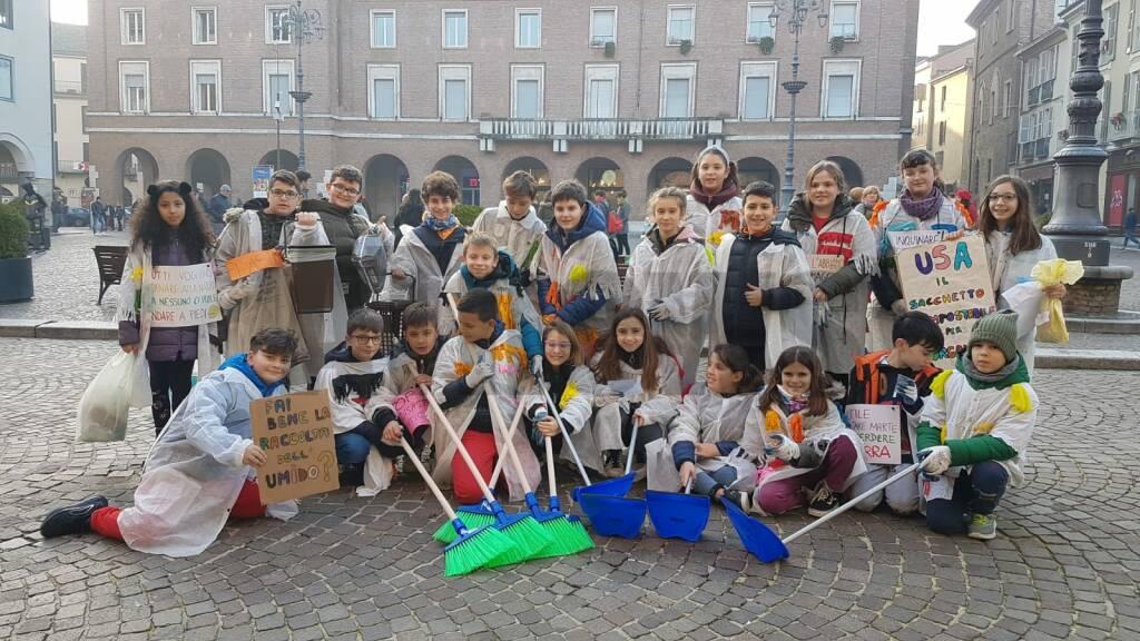 Flash Mob Friday for future Asti 29112019