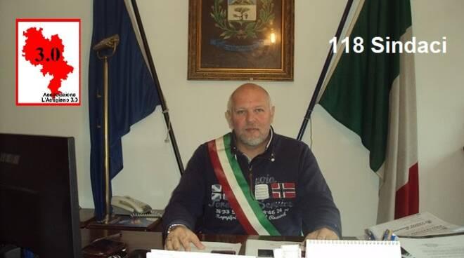 Gianfranco Bossi, Sindaco di Castel Boglione