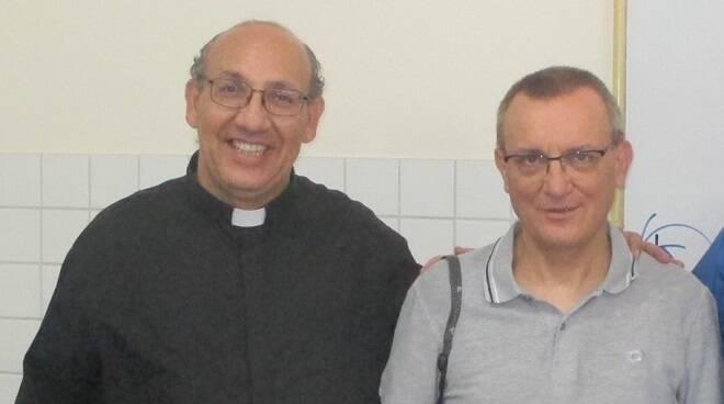don Italo Francalanci con il vescovo