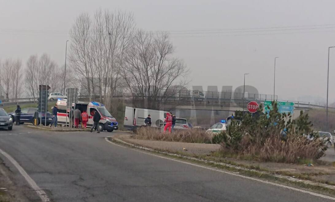 incidente tangenziale asti