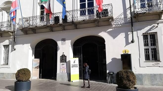 Ente Turismo Langhe Monferrato Roero: Infopoint turistico di Asti per due mesi aperto nel palazzo comunale