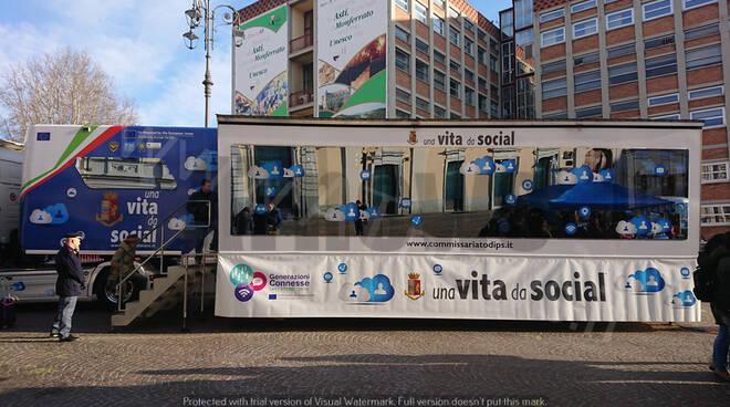 Truck Polizia Vita da Social Asti 2020