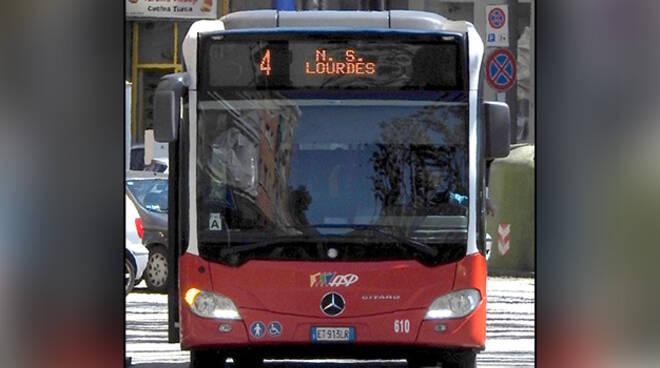 autobus linea 4