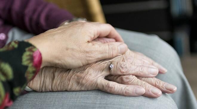 anziani, anziana
