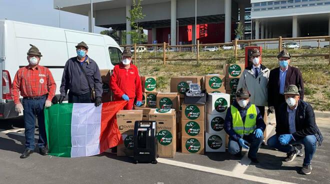 Gli Alpini donano strumentazioni all'ospedale di Verduno