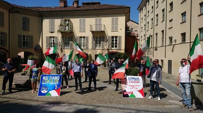 Manifestazione Fratelli d'Italia Asti 2 giugno 2020