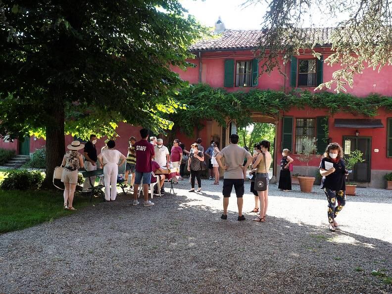 Ponzano Monferrato: fiori e paesaggio per accogliere… e vivere nel bello