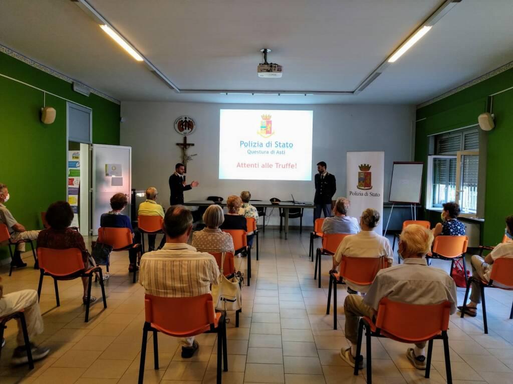 Asti, incontri della Polizia contro le truffe agli anziani
