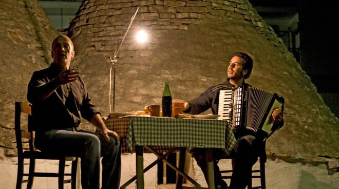 Da Ferrere riparte lo spettacolo dal vivo Cunté Munfrà