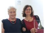 FotoMurialdo_Maria Avino vincitrice Premio Lattes Traduzione premiata da Caterina Bottari Lattes