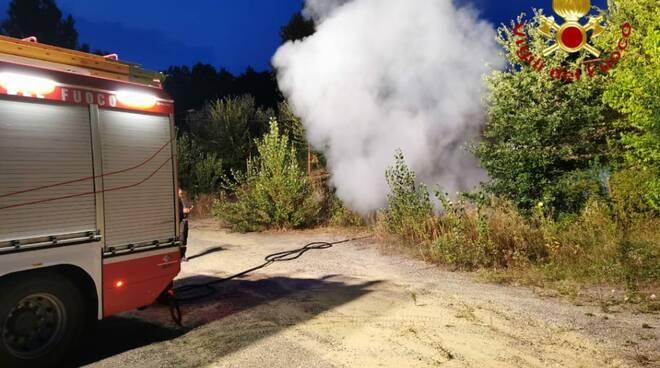 Incendio auto Valmanera
