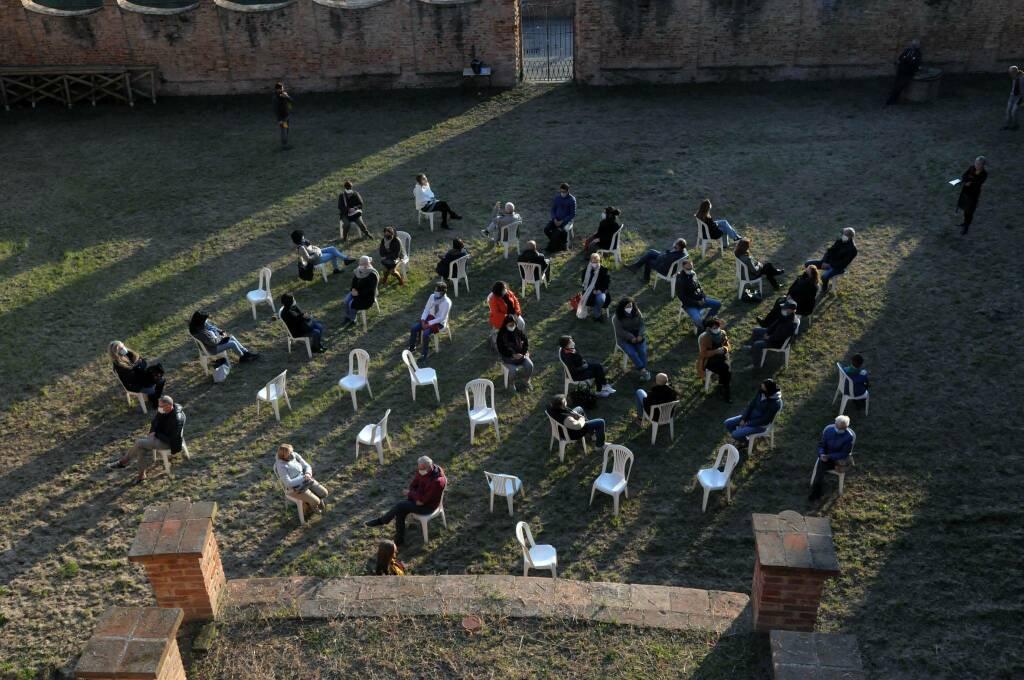 A Castagnole Monferrato successo per la camminata teatrale