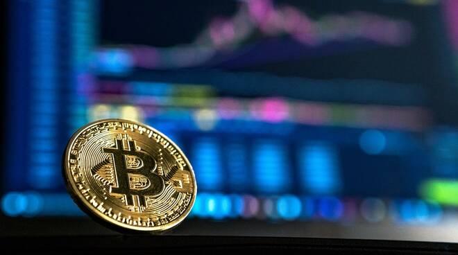 bitcoin credit foto andre-francois-mckenzie-iGYiBhdNTpE-unsplash