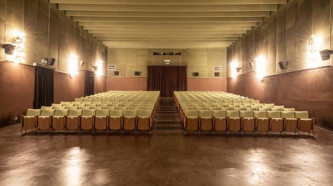 """Il Cinema Pastrone di Asti e il Sociale di Nizza Monferrato nella mostra fotografica """"Ritratti di Cinema"""" a Torino"""