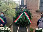 4 novembre corona al monumento dei caduti a Castelnuovo Belbo