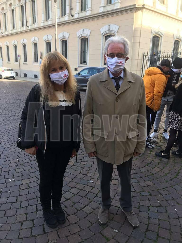 dono del volo mascherine contro la violenza sulle donne 2111202