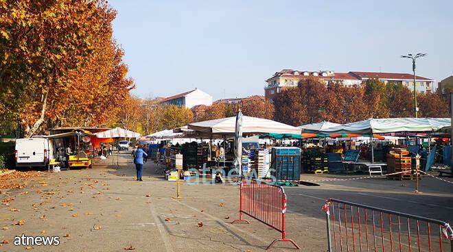 mercato di Asti in zona rossa
