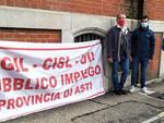 Striscioni dei Sindacati sotto alla Casa di Riposo e al Comune di Asti