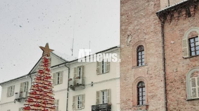 I ragazzi del C.I.S.A. colorano il Natale di Nizza con decorazioni per l'albero e bambole artigianali