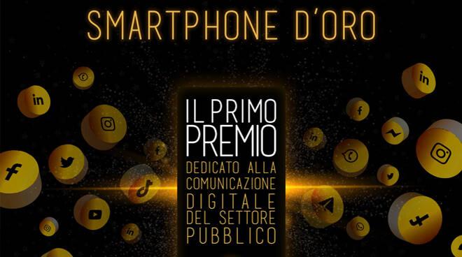 smartphone d'oro, pa social
