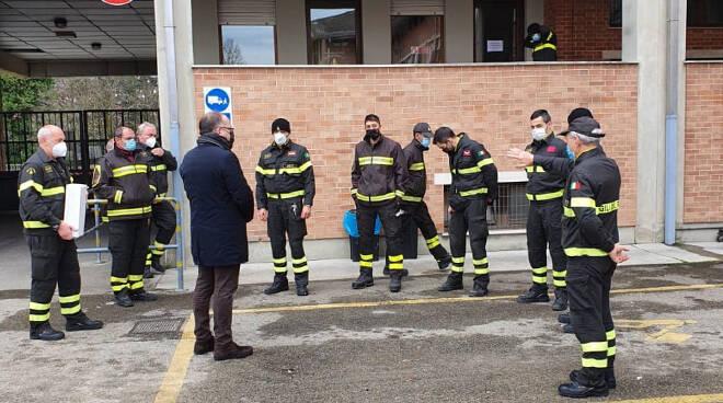 vigili del fuoco di Asti con Maurizio Rasero