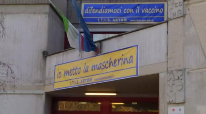 Artom vaccino