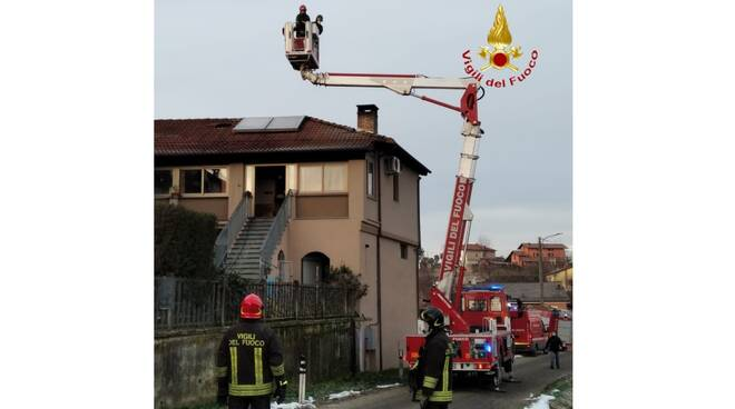 incendio tetto nizza monferrato