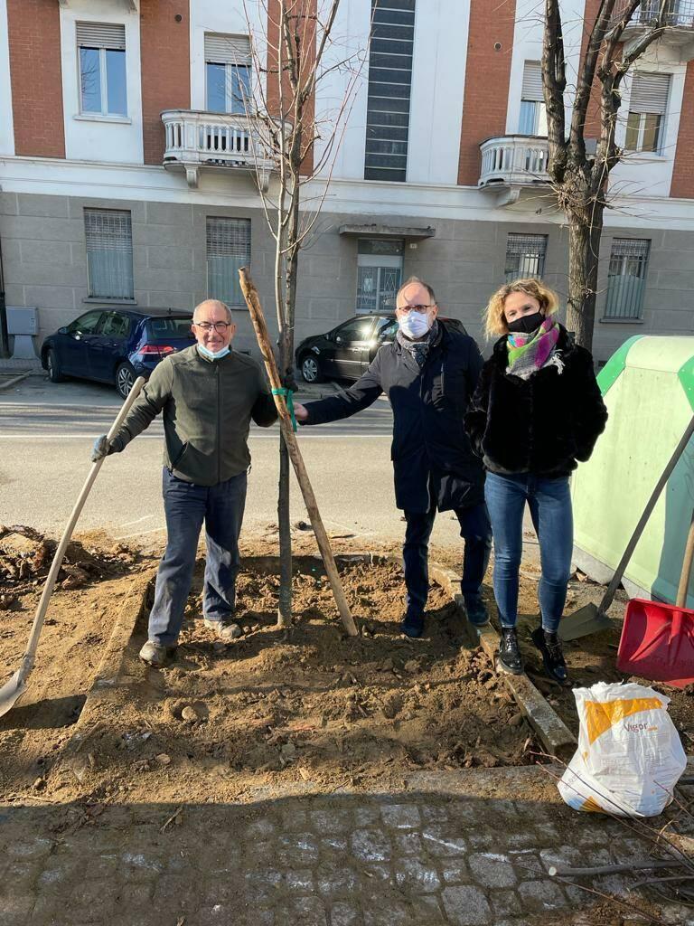 Piantumazione di 100 nuovi alberi ad Asti