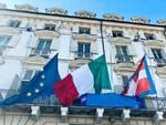 Bandiere mezz'asta palazzo regione Piemonte